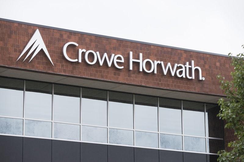 غول حسابرسی شیکاگور را می توان CROWE HORWATH